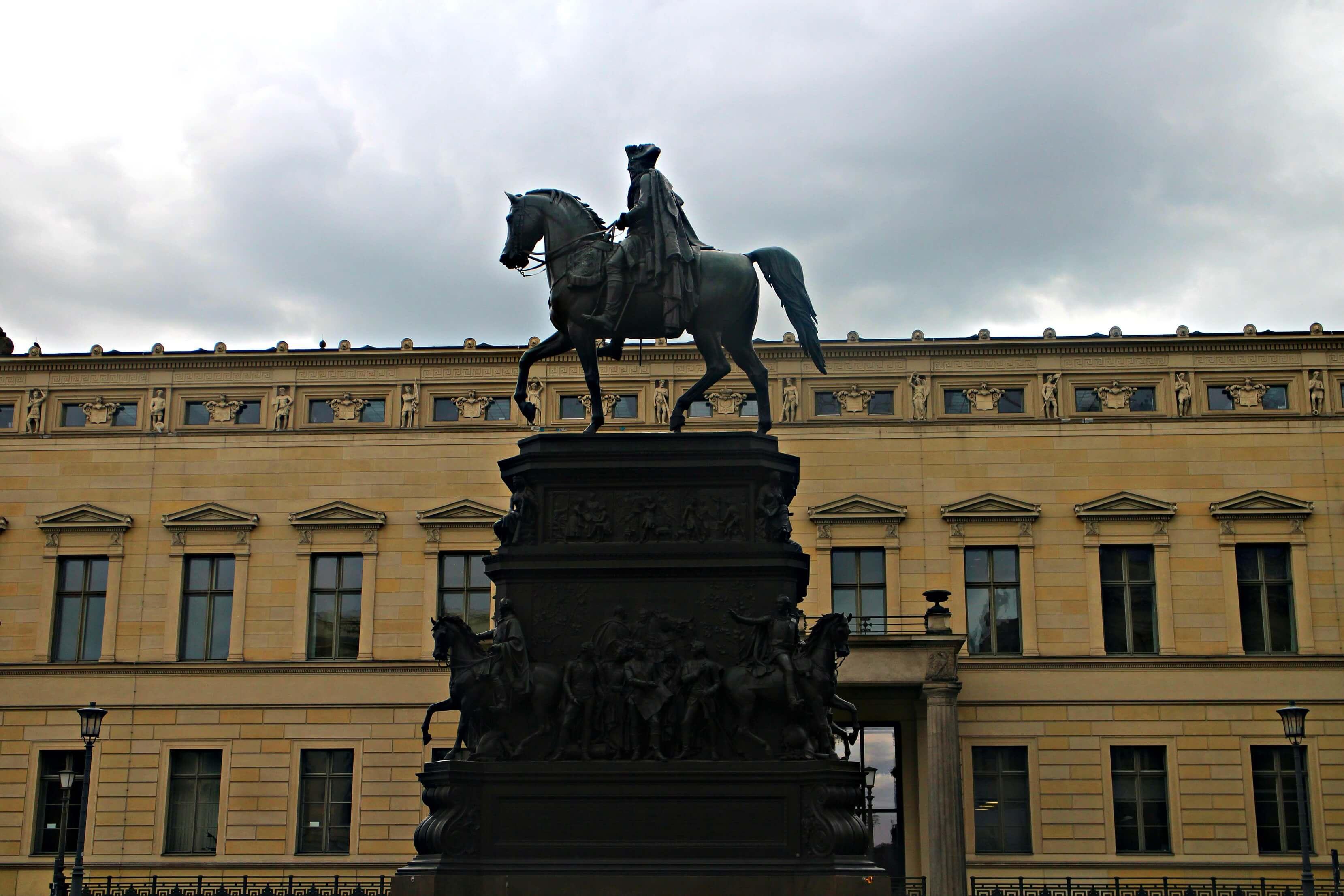 Ruiterstandbeeld van Frederik de Grote
